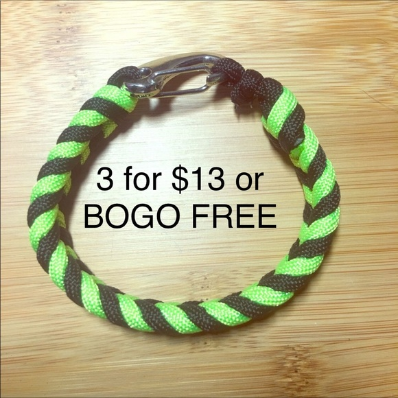SALE 3/$13 Braided paracord bracelet w/latch NWT